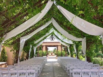 Hotel Albuquerque wedding arbor